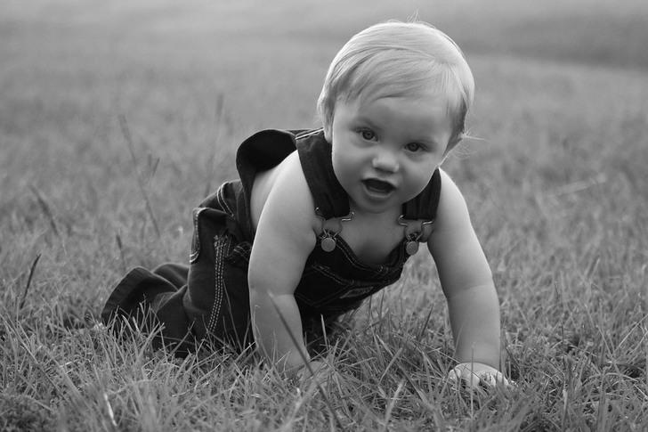 Узнав о беременности, он меня бросил. Весь двор мне помогал с воспитанием ребенка