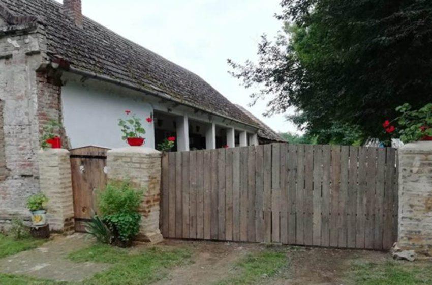 Разрушенный дом стал фермой и начал приносить прибыль