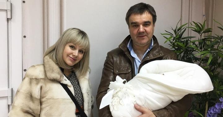 Поклонники Натали поздравили ее с 4-ой беременностью: певица показала новые снимки