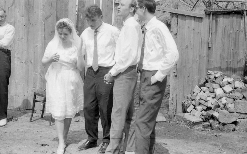 Фотографии советских деревенских свадеб: как это было на самом деле