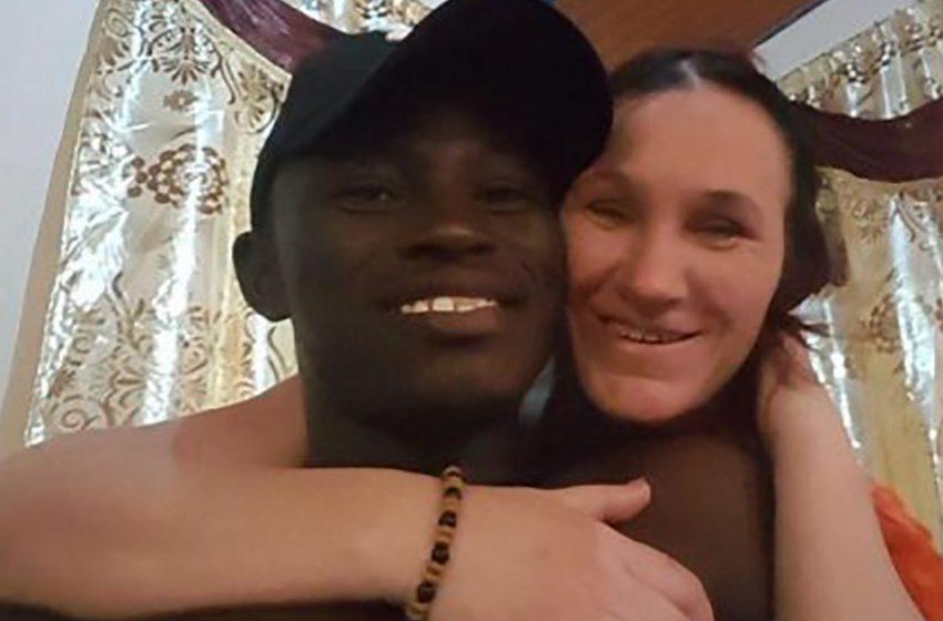 Женщина оставила мужа и 9 детей ради молодого африканца