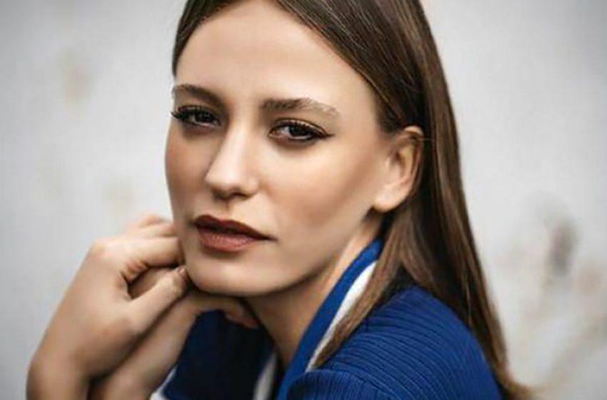 «Совсем другой человек»: звезда «Поры тюльпанов» Серенай Сарыкая опубликовала «честное фото»