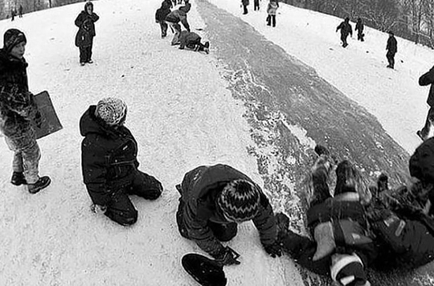 «Зимние атрибуты из нашего детства»: давайте вспомним счастливые моменты из советского прошлого