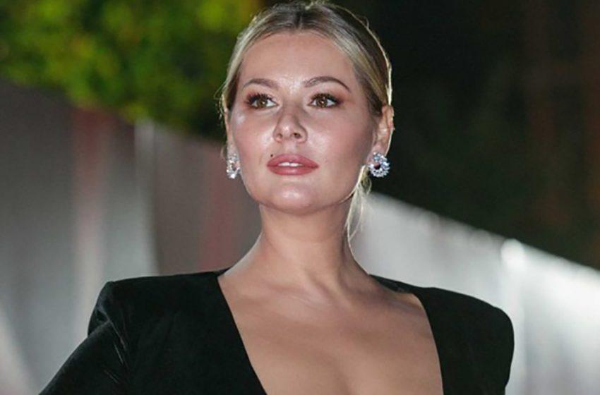 «Заметно поправилась»: Мария Кожевникова появилась на красной дорожке в роскошном платье