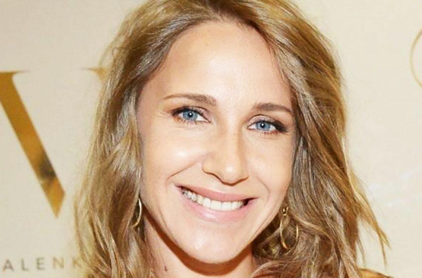 «Муж не ревнует?»: Юлия Ковальчук поделилась смелым роликом в пикантном наряде
