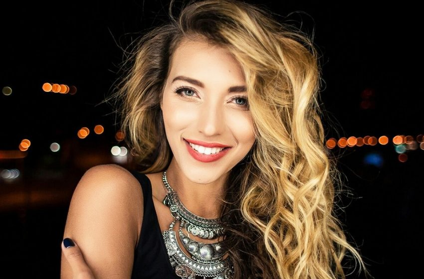 «Что ты как моль! А еще артистка!»: Регина Тодоренко разочаровала фанатов снимками без макияжа